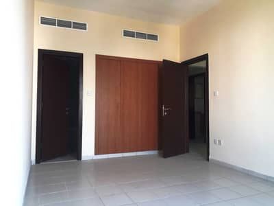 شقة 1 غرفة نوم للايجار في المدينة العالمية، دبي - شقة في الحي الروسي المدينة العالمية 1 غرف 27500 درهم - 5256774