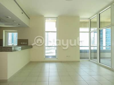 Studio for Rent in Business Bay, Dubai - 850 (!!!!) sq ft Studio with the Terrace and Storage room
