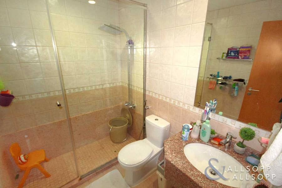 11 One Bed | Owner Occupied | Large Balcony