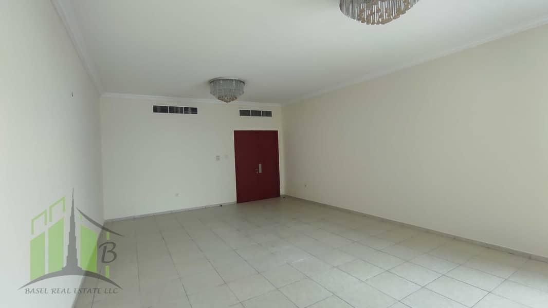 شقة في أبراج الخور عجمان وسط المدينة 3 غرف 33000 درهم - 4674058