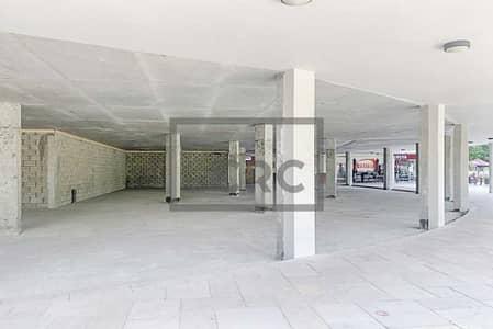 محل تجاري  للايجار في أبراج بحيرات الجميرا، دبي - Lake Level | Shell and Core | Great Exposure