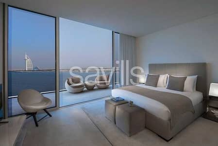4 Bedroom Flat for Sale in Palm Jumeirah, Dubai - Tranquil Exclusive Beachfront   Full Sea Views