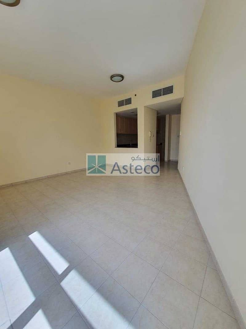 1 Bedroom | Big Balcony | chiller Free | Best Rate