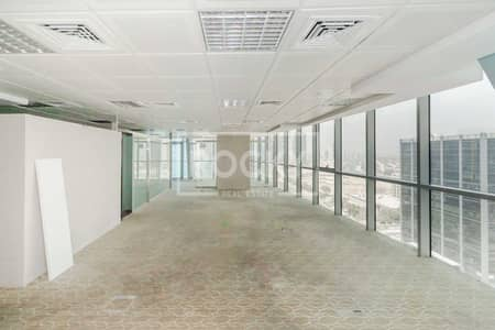 مکتب  للايجار في أبراج بحيرات الجميرا، دبي - Fitted Office | Partitioned | DMCC