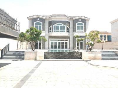 فیلا 4 غرف نوم للايجار في الخوانیج، دبي - فیلا في الخوانیج 4 غرف 300000 درهم - 5290834