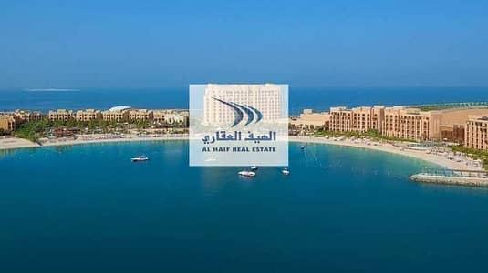 ارض تجارية  للبيع في جزيرة المرجان، رأس الخيمة - Ras Al Khaimah The Land of Opportunities  I Excellent Investment  Commercial Plot For Sale