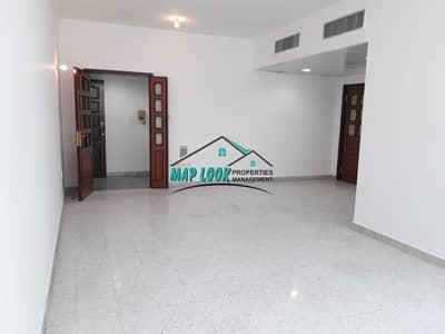 فلیٹ 3 غرف نوم للايجار في الخالدية، أبوظبي - Spacious 3 Bedrooms 3 Bathrooms With Built-in Wardrobes 50k Located At Khaldiyah