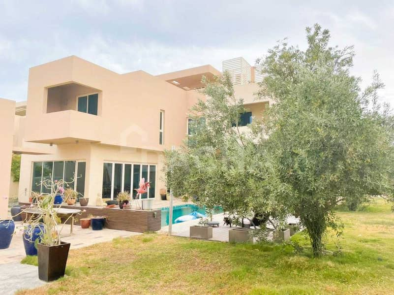 2 Private Pool / Huge Living Space / A Must See Villa!