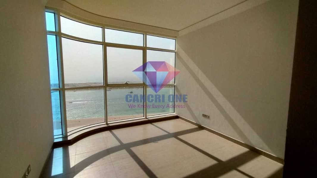 12 Spacious 5BR Flat With Amazing Sea & City Views