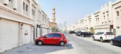 فیلا في أبو هيل ديرة 3 غرف 72000 درهم - 5291728