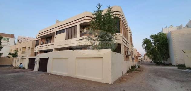 16 Bedroom Villa for Sale in Al Muroor, Abu Dhabi - Good Offer - For Sale 2 Villa in Al Muroor street - Good Location - Good Income - Good Price