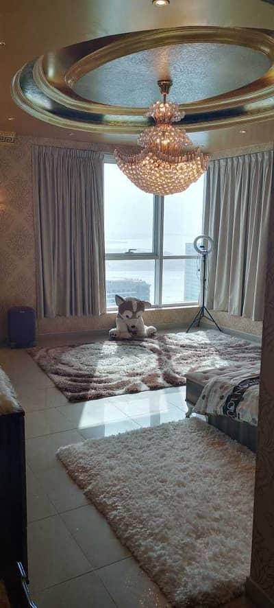 شقة 4 غرف نوم للبيع في المجاز، الشارقة - شقة في برج النخلة 3 المجاز 2 المجاز 4 غرف 2500000 درهم - 5292448