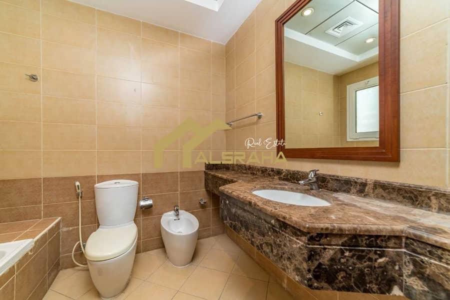 24 For Sale   Villa   Al Qurm Gardens   5 BR   4000 sq ft   Maids Room   Driver Room