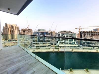 فلیٹ 2 غرفة نوم للايجار في شاطئ الراحة، أبوظبي - Captivating Canal View | Brand New 2 BHK Apartment with Maid's Room  in 6 Payments!