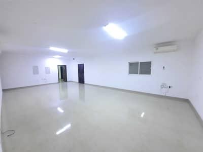 شقة 3 غرف نوم للايجار في الشامخة، أبوظبي - شقة في الشامخة 3 غرف 60000 درهم - 5292824