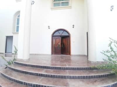 فلیٹ 3 غرف نوم للايجار في الشامخة، أبوظبي - شقة في الشامخة 3 غرف 70000 درهم - 5292867