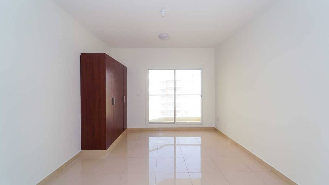 2 Spacious 1BHK in family friendly building