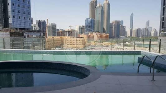 Stunning home with maids rooms -Corniche