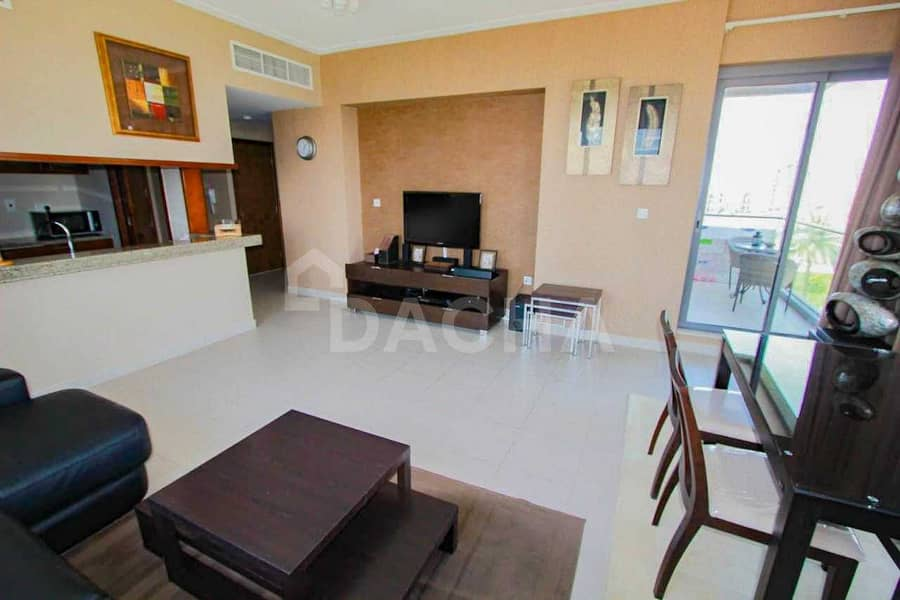 2 View Within One Hour / Brand New / Must See Unit
