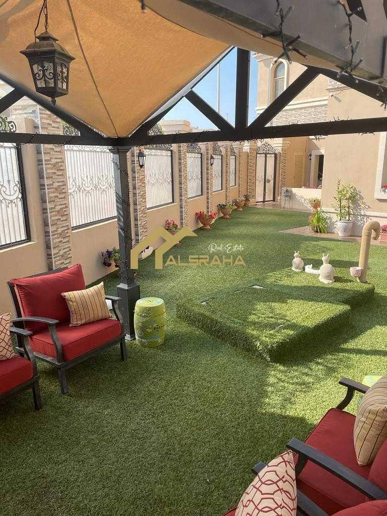 Hot Deal !! Detached Villa 5 BR