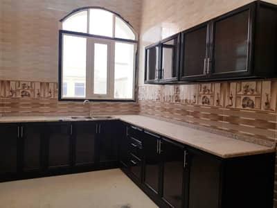 شقة 3 غرف نوم للايجار في بني ياس، أبوظبي - شقة في بني ياس شرق بني ياس 3 غرف 58000 درهم - 5220024