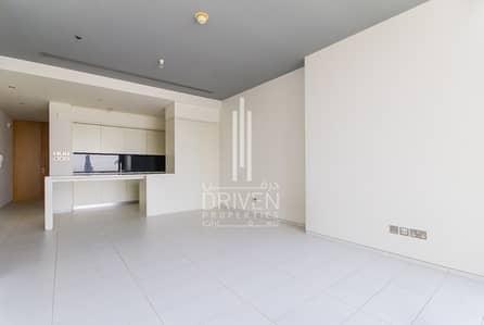 Full Burj Views | Bright 1 Bed Apartment