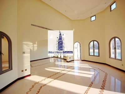 Palm Jumeirah Vacant Arabian Style Garden Home 4 B/r In Frond K At A Low Price