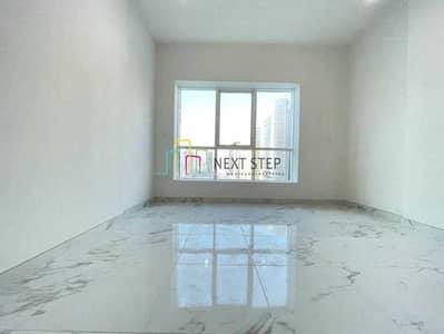 فلیٹ 2 غرفة نوم للايجار في شارع حمدان، أبوظبي - Brilliant Apartment 2BR Plus Laundry Room with Parking