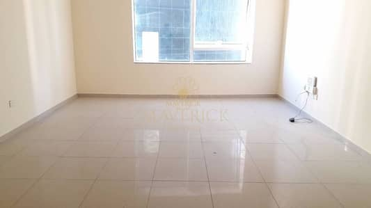 Beautiful 1BR Flat | Balcony l Al Khan