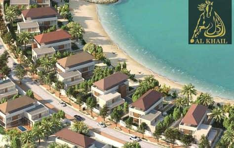 ارض سكنية  للبيع في القرم، أبوظبي - Experience New Luxury Beachfront Living in Al Gurm Villa Plot