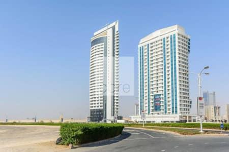 مکتب  للبيع في مدينة دبي الرياضية، دبي - Shell and Core | 8 Parking Slots | Prime Location