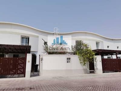 Fully Renovated 3 BR Villa in Jumeirah | Burj Khalifa View | Fully Gated Community