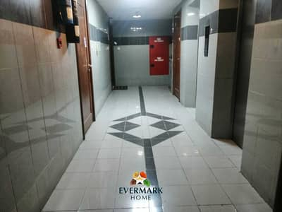 فلیٹ 2 غرفة نوم للايجار في الوحدة، أبوظبي - شقة في شارع الوحدة (شارع دلما) الوحدة 2 غرف 50000 درهم - 5293097