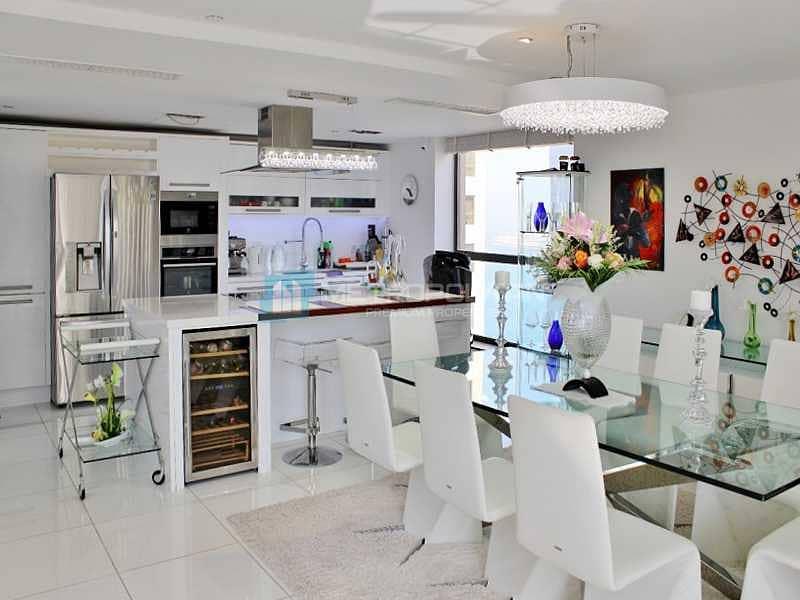 Duplex 2BR   Upgraded  Furnished   Nice Furnitures