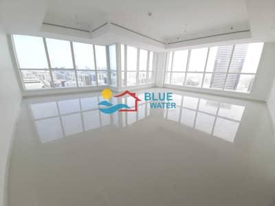 3 Bedroom Apartment for Rent in Hamdan Street, Abu Dhabi - Huge 3 M/BR With 2 Parking Pool Gym.
