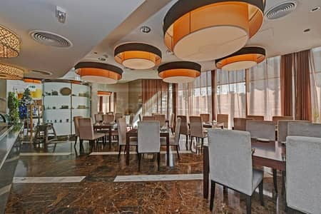 Prestigious complete restaurant in a majestic tower