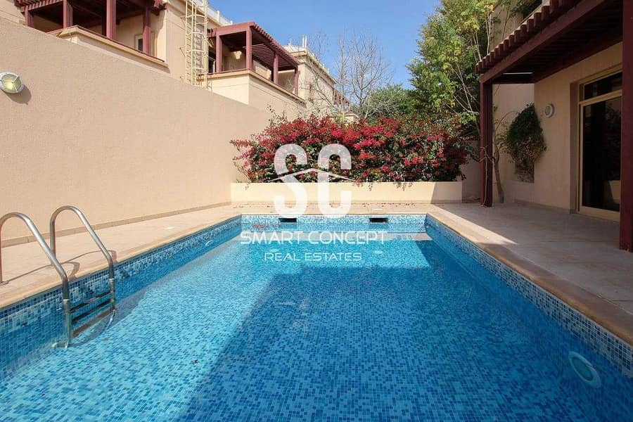 12 Private Pool and Garden | Maid's Room | Vacant