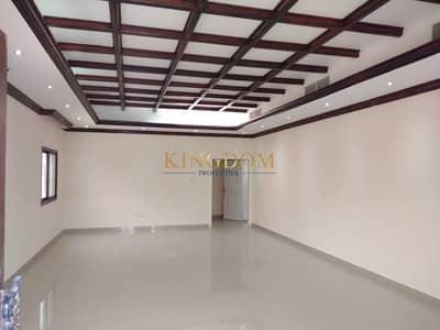 فیلا 5 غرف نوم للايجار في القوز، دبي - Independent 5BR+2Majlas+2Kitchen+Maid Luxurious Villa
