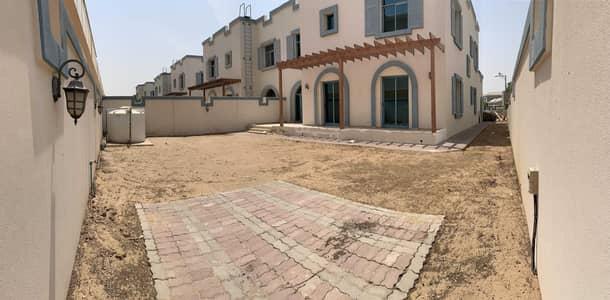 فیلا 4 غرف نوم للايجار في دبي لاند، دبي - 4bed  Villa + Maid + Driver's room I Falcon CIty