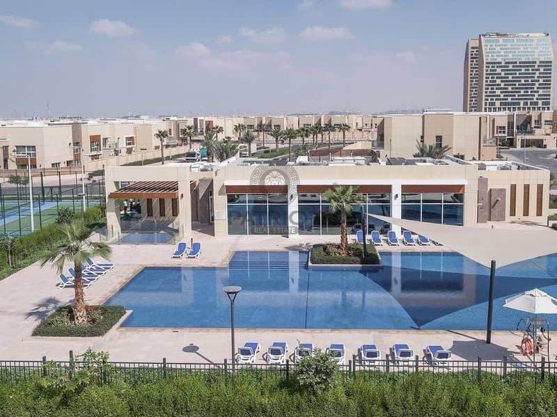 3 Bed+M Villa   Type 3S3   Single Row   For Sale  Just Listed