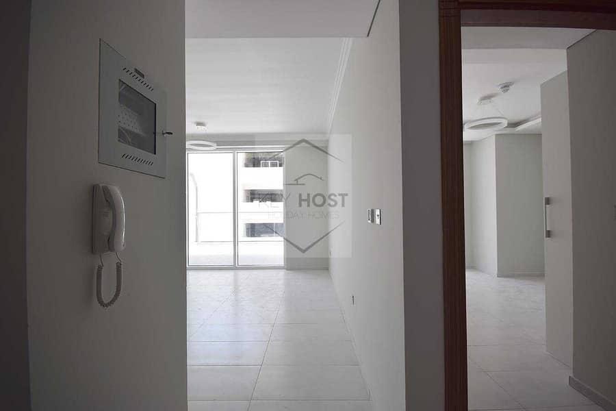 2 1BR Apartment | Big Balcony | 4chks