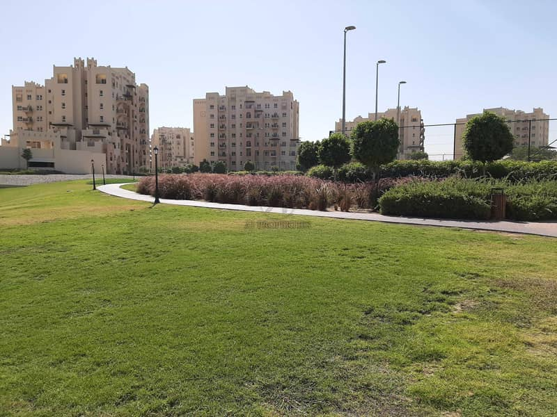 13 Top Floor | Inner Circle | Full Park and Pool View
