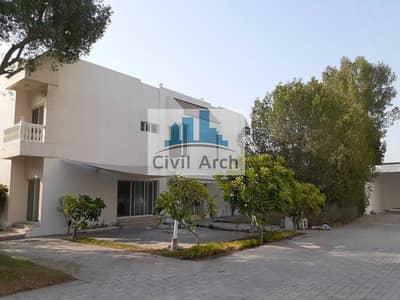 5 Bedroom Villa for Rent in Al Safa, Dubai - INDEPENDENT FULLY RENOVATED 5 BR VILLA NEXT TO SAFA PARK JUST 250K