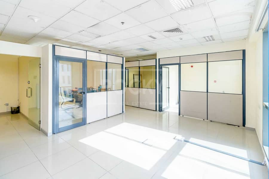 2 Fitted Office | Low Floow | 4 Parking | DIP