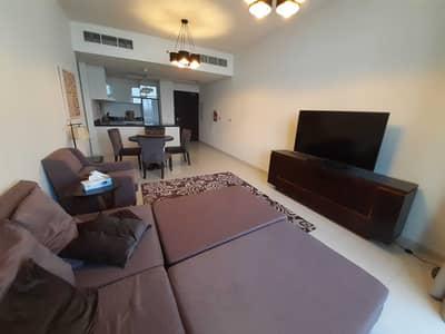 شقة 2 غرفة نوم للبيع في قرية جميرا الدائرية، دبي - شقة في داماك غالية قرية جميرا الدائرية 2 غرف 849999 درهم - 5297232