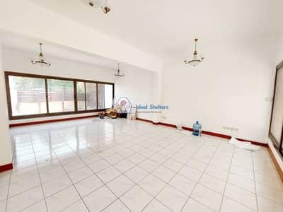 فیلا 3 غرف نوم للايجار في القرهود، دبي - Semi Independent - 3BR Corner Villa Private Garden - 50% Renovated