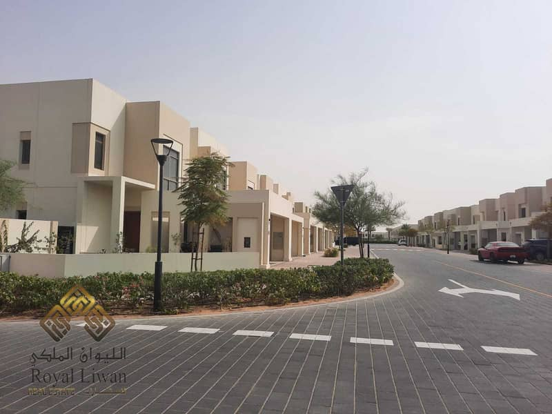 2 Town house for sale in noor nshama