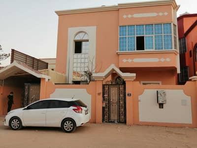 فیلا 5 غرف نوم للايجار في المويهات، عجمان - فيلا للايجار بعجمان في منطقة المويهات قريب من شارع الشيخ محمد بن زايد موقع متميز جدا