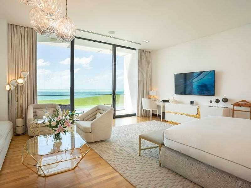 2 The Ultimate Beach Villa: Luxury at its finest