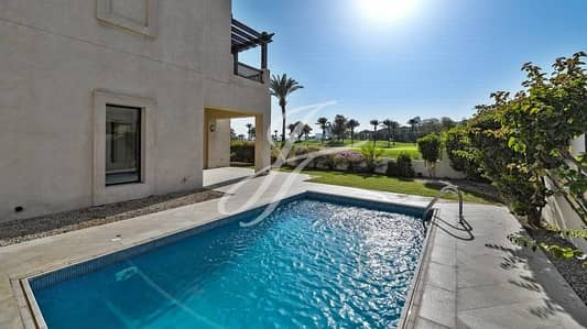 Golf Course View 4 Bedroom Villa with Private pool